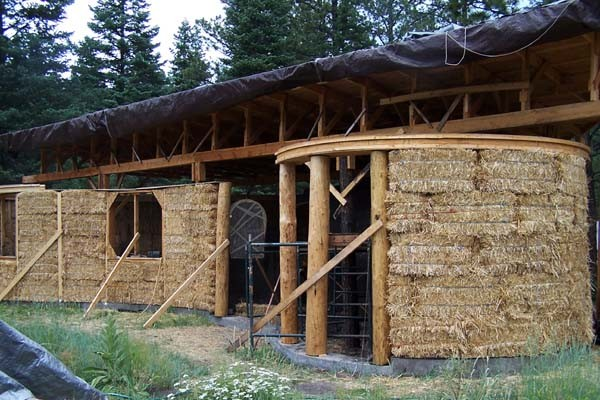 Straw Bale Hybrid Home New Mexico