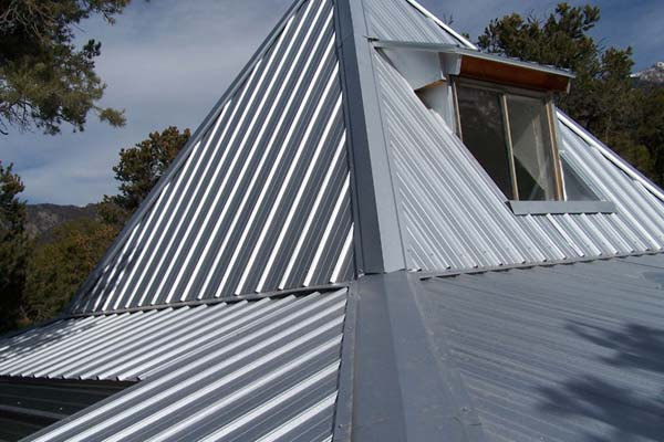 pyramid roof on straw bale