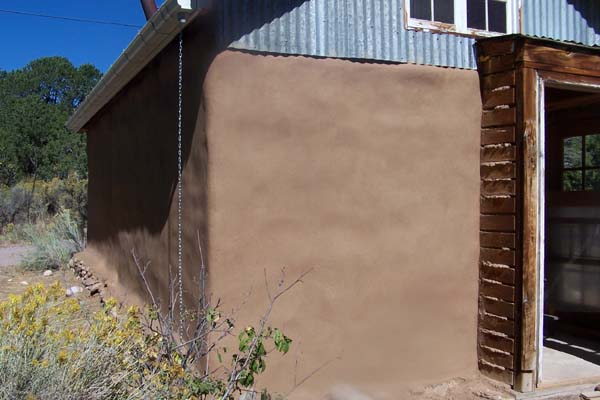 earthen plaster casita entry
