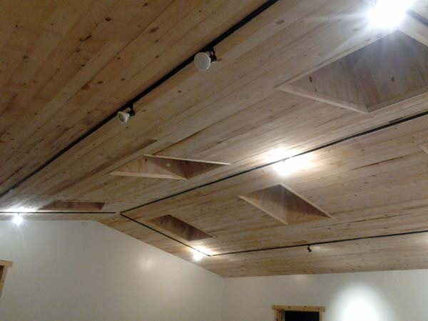 finished rough sawn ceiling rastra block